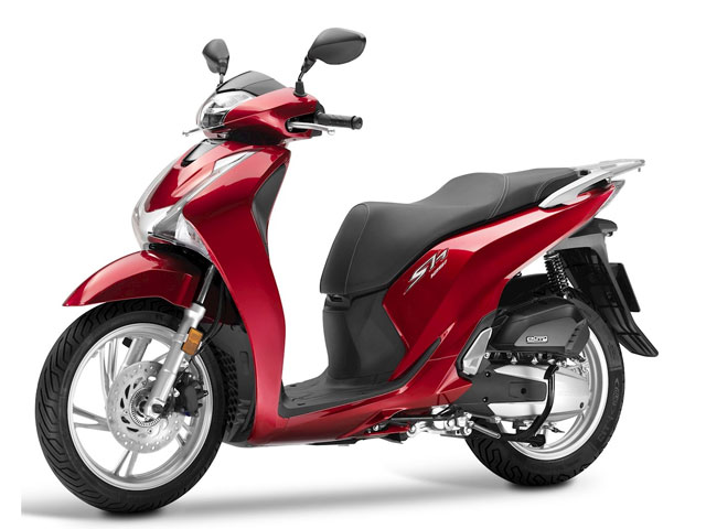 Rent a Honda SH125 in Lefkada