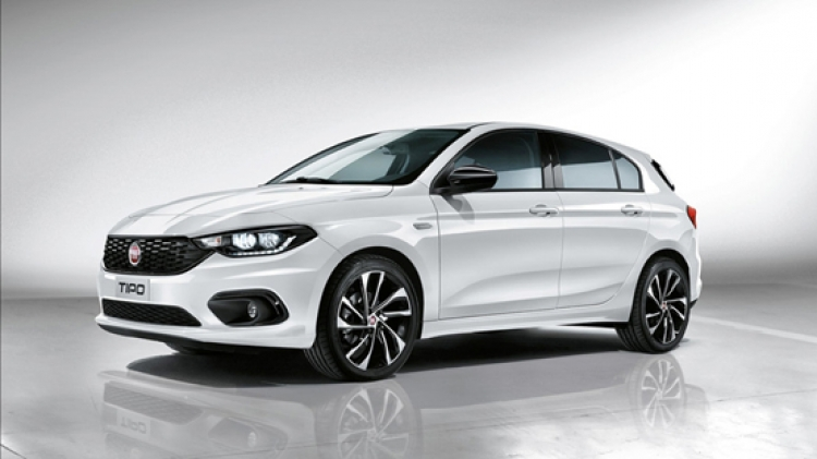 Rent a Fiat Tipo Hatchback in Lefkada